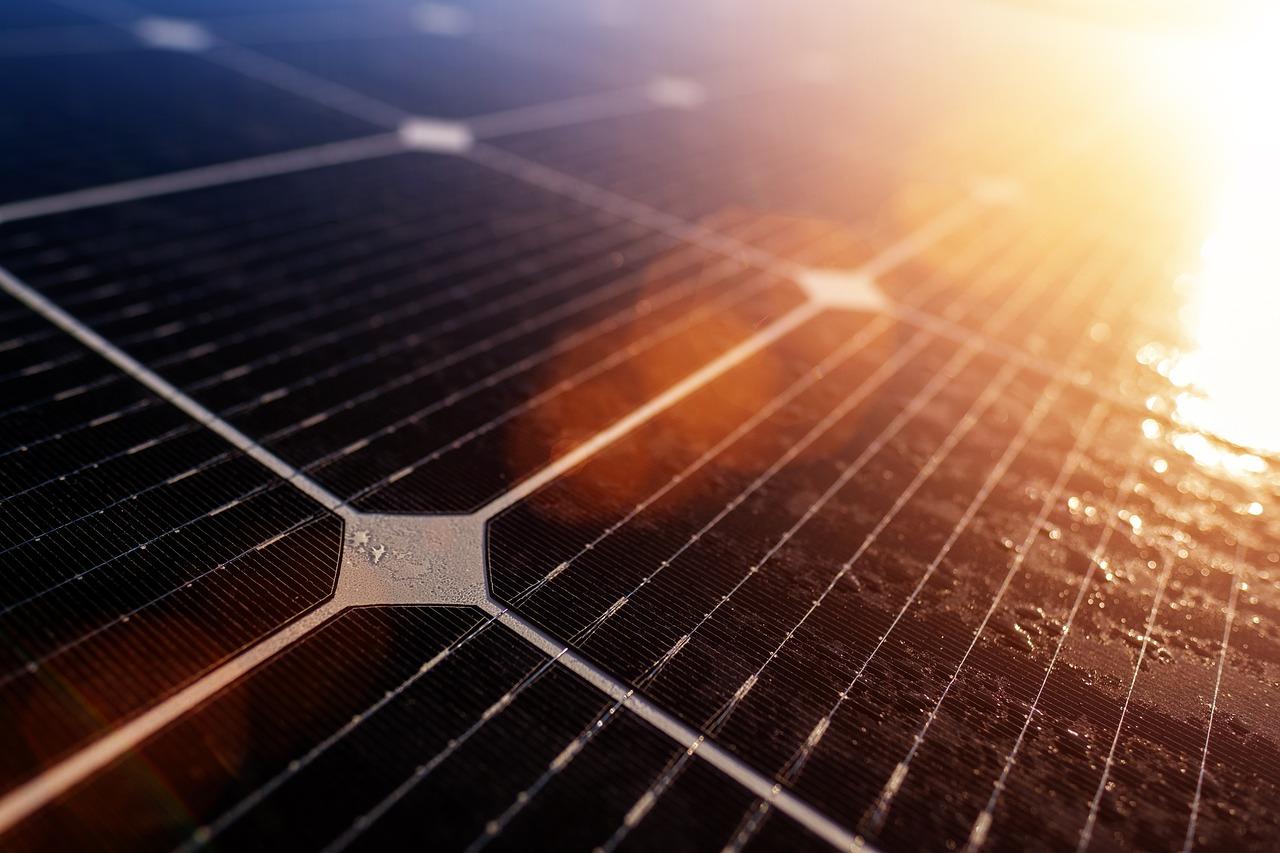 Fallas que pueden tener los paneles solares para negocio