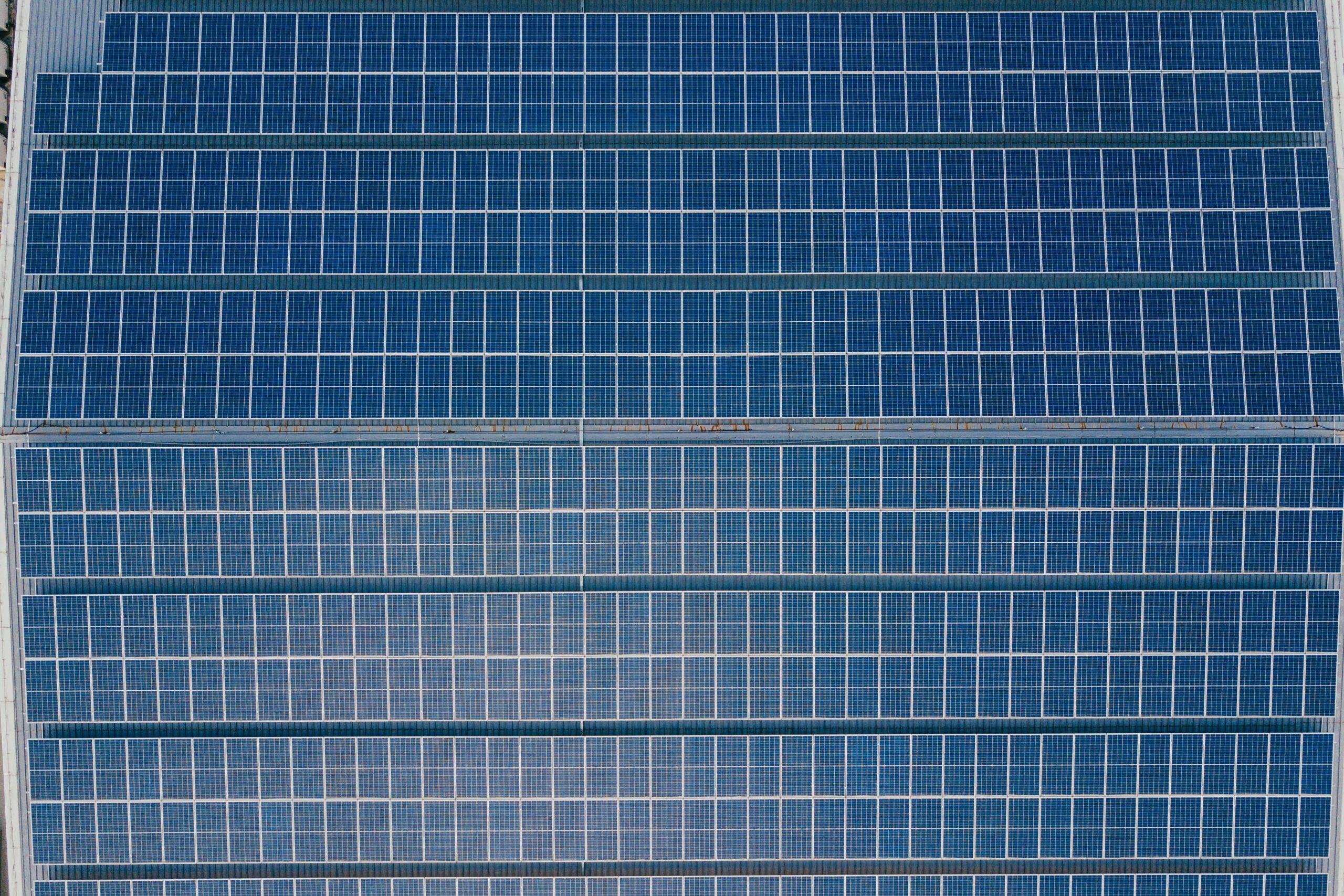 tiempo de vida de los paneles solares para negocio