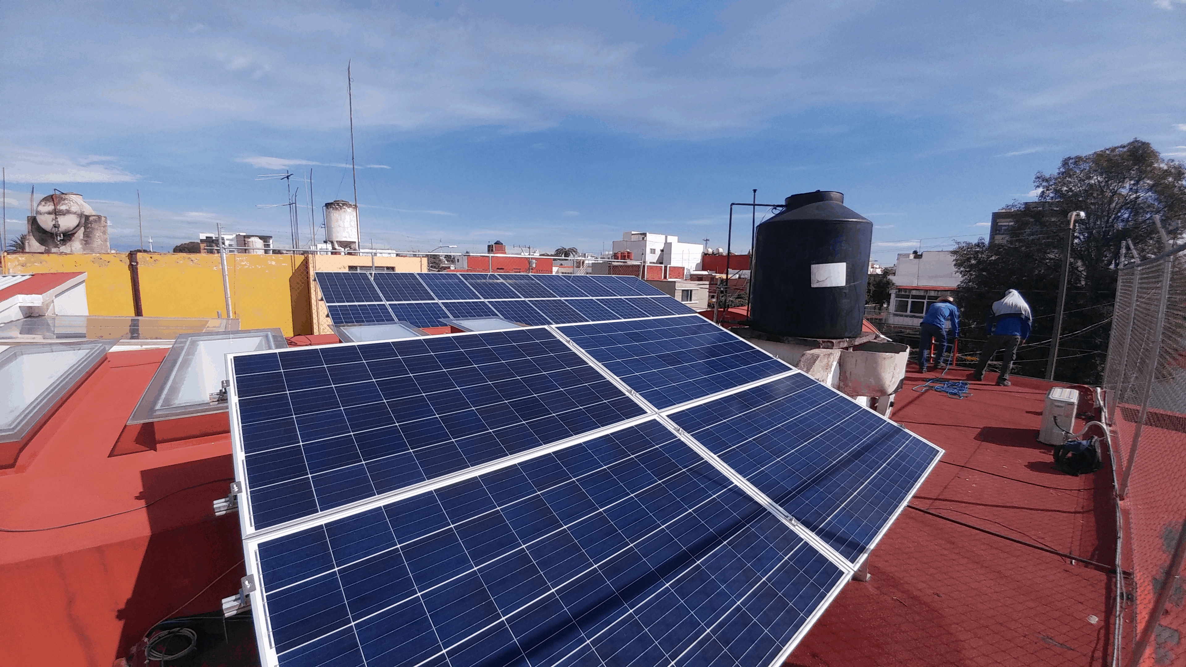 Cuántos paneles solares necesitas