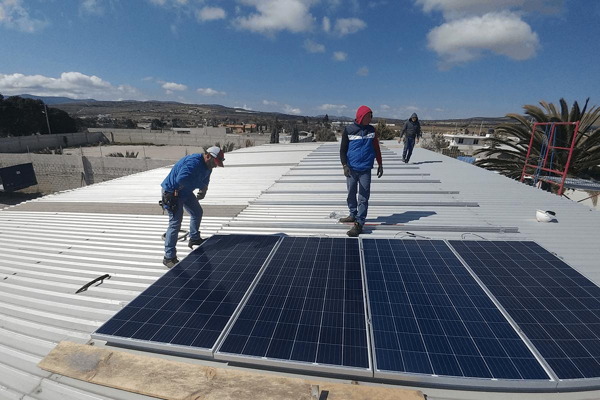 instalar paneles solares industriales